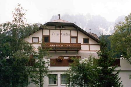 Appartamento IV sul secondo piano Villa Christina. - San Candido