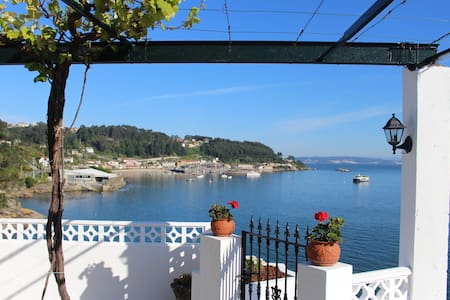 Casa del acantilado, Bueu, Morrazo, Galicia.