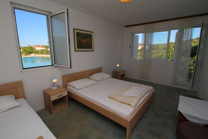 Rooms Marijana-Double Room with Balcony 5