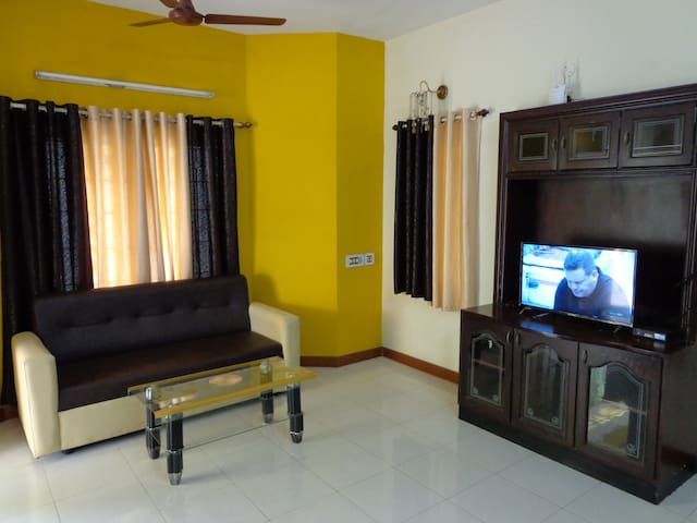 Remisha Service Apartments(duplex Family House)