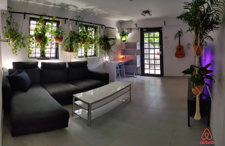 Lovely renovated Lantau House <15min walk to beach