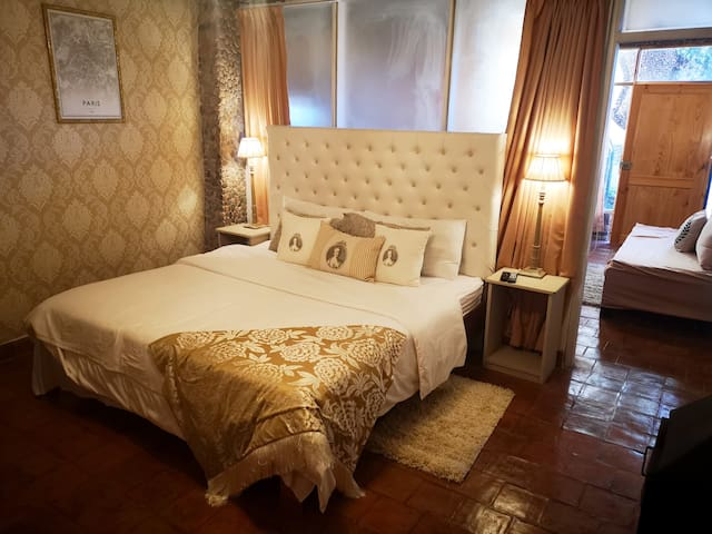 Cities Of the World - Hotel Cusco
