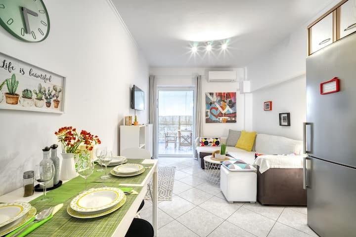 Cosy apartment next to Acropolis