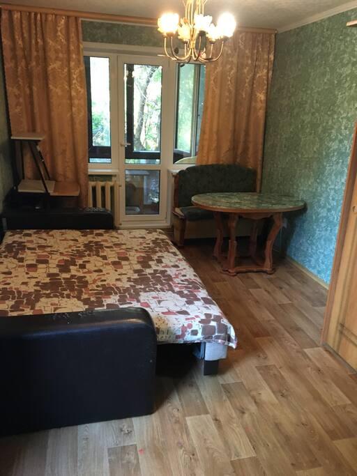 Большая комната, второй вид.