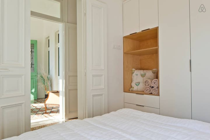 The bedroom (large closet)