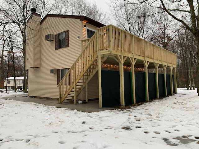 ENTIRE HOUSE IN LEHMAN TOWNSHIP 3 BED 2 BATH
