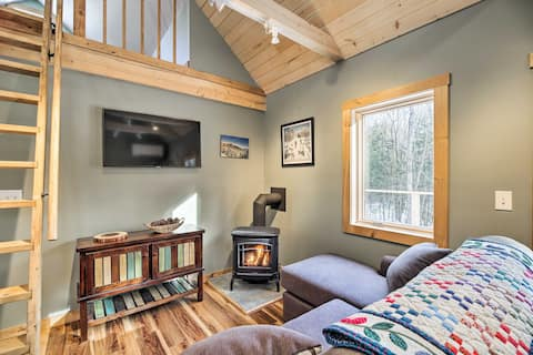 Newly Built Cabin w/ Hot Tub - 16 Mi to Stowe Mtn!