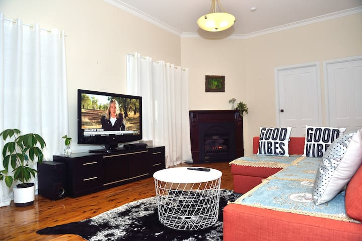 Katoomba Holiday Cottage