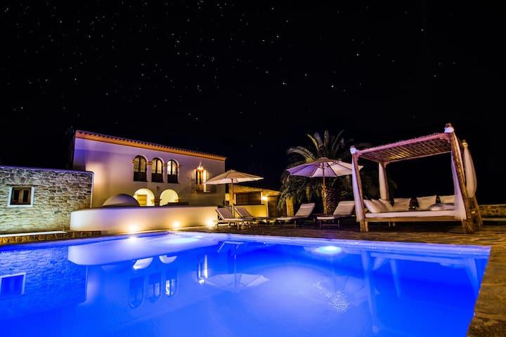 Casa Can Pep Cudulà con piscina, jacuzzi y jardín