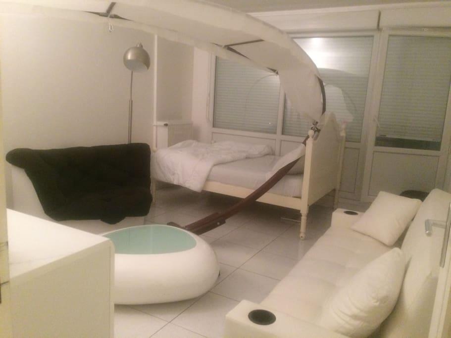grande chambre ind pendante appartements louer meaux le de france france. Black Bedroom Furniture Sets. Home Design Ideas
