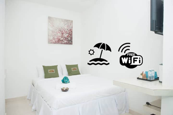 Ibai Beach Guesthouse-DOUBLE DELUXE B5