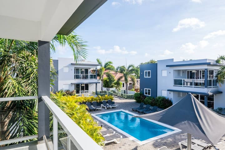 Beluga Apartments Curacao | 4P Luxury | Patio #5