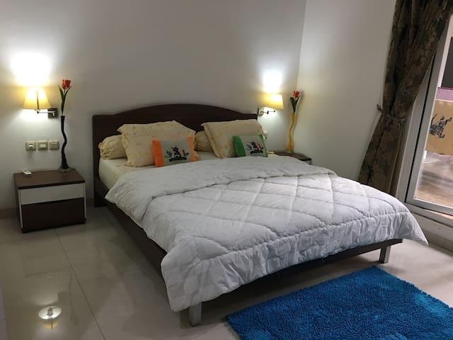 COZY ROOM in BEAUTIFUL HOUSE (Joglo West Jakarta)