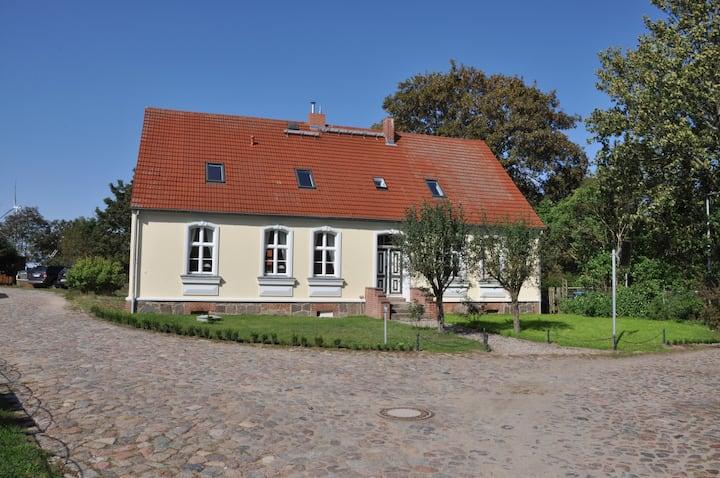 Haus Hohenholz, denkmalgeschütztes Landhaus, Kamin