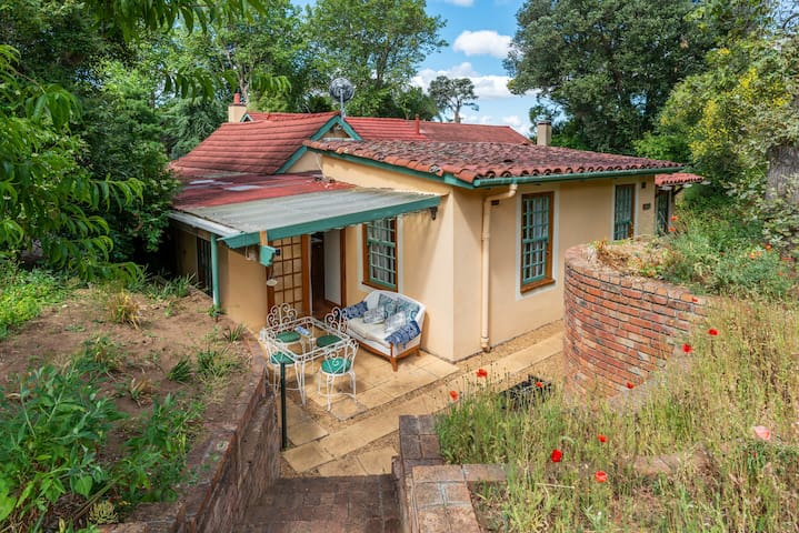 Constantia Upper Cosy Farm Cottage