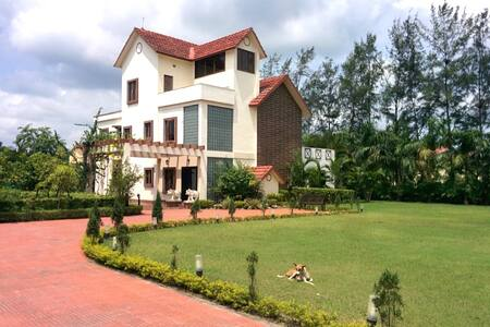 Villa Nirvana | Garden | AC | 4 rooms | Get Away! - Howrah - Villa