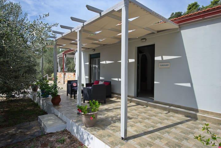 Aigaio Villa.Between the Aegean Blue & Olive Grove