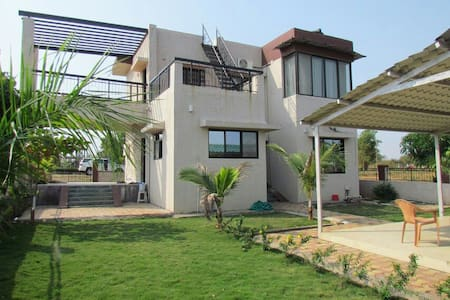 Escaper, big pool villa near murbad