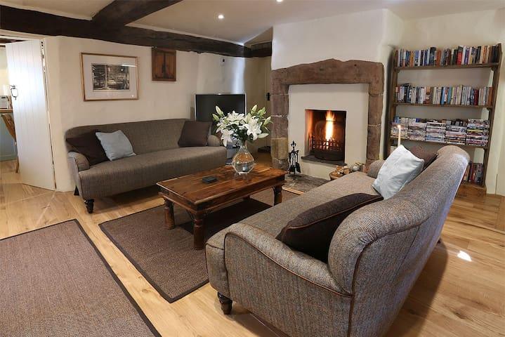 Black Swan Cottage