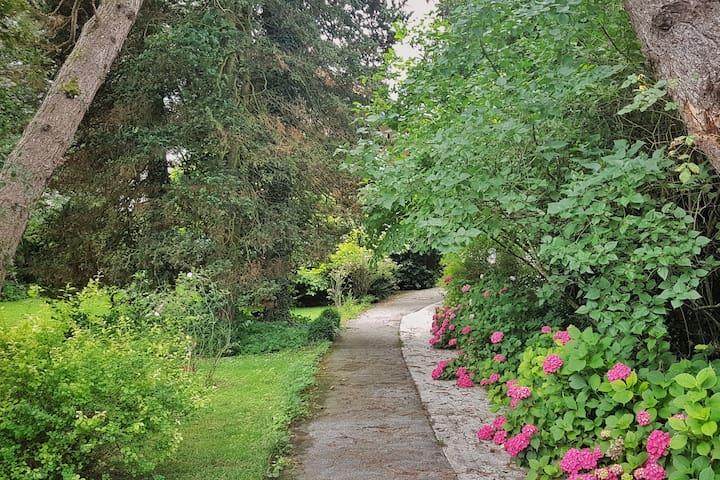 garden.villa Mehrn // creARTive place - Mehrn - House