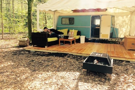 Relaxen im Bijou direkt am Walensee - Filzbach - Wohnwagen/Wohnmobil