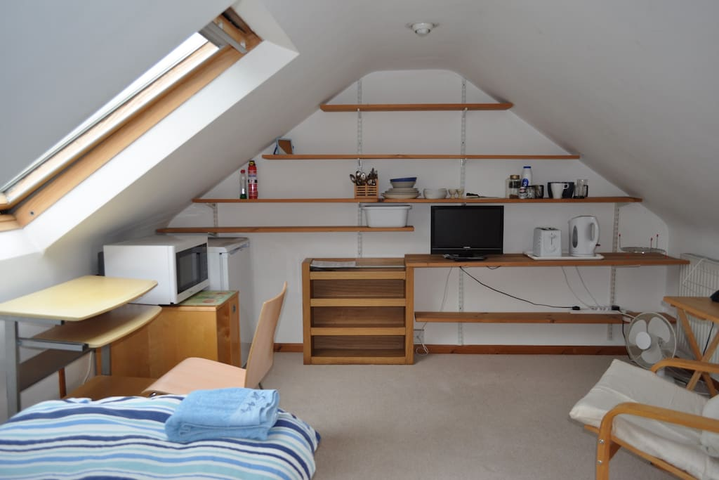 The large attic room.