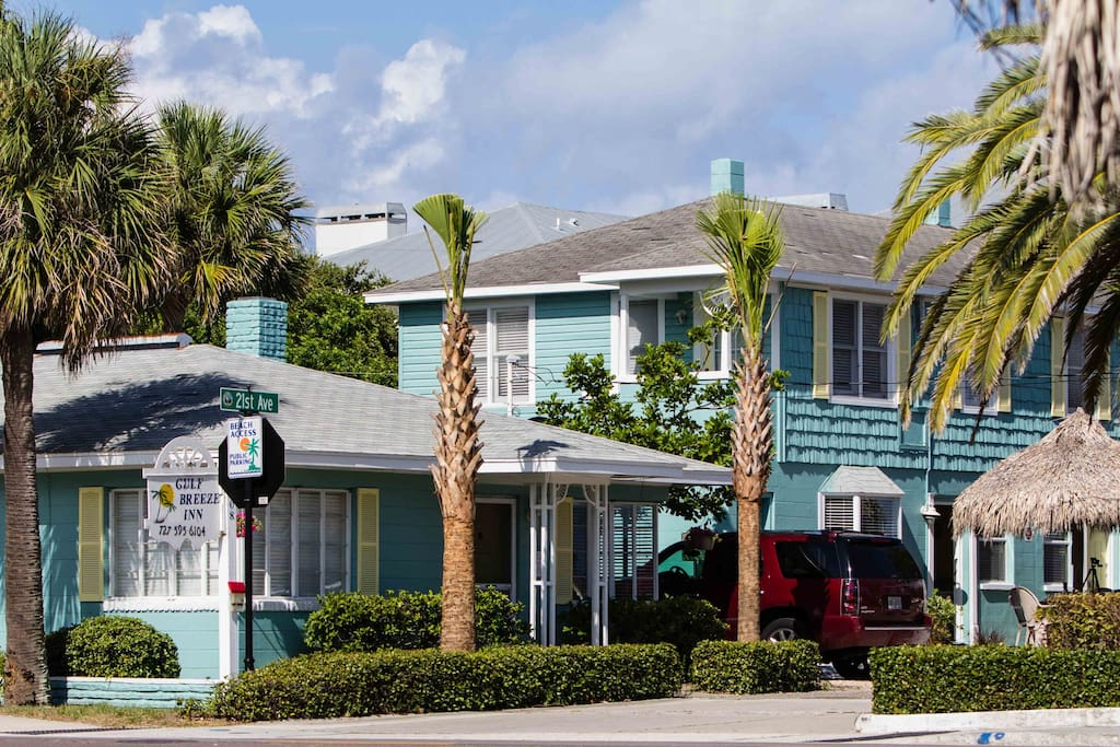 Welcome to the Gulf Breeze Inn.  Two bedroom cottage and one bedroom units as well