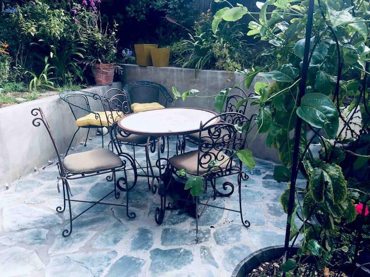 Close to beach private garden hideaway