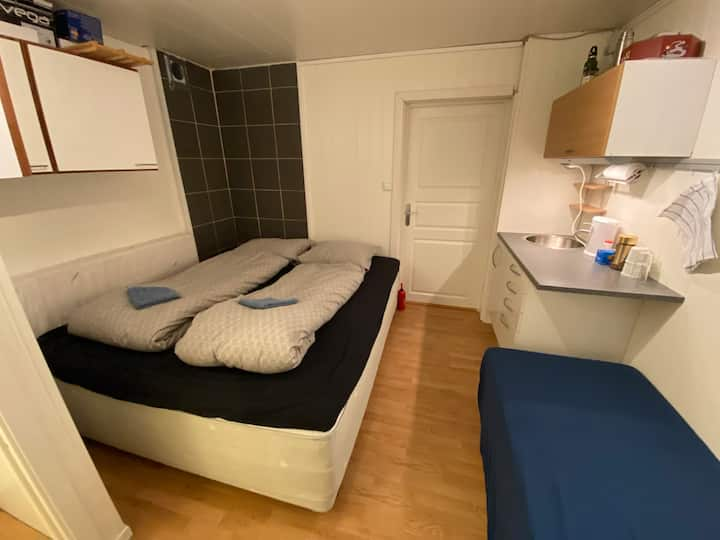 Gjesteværelse i Hus Lillehammer(Toalett ikke bad!)
