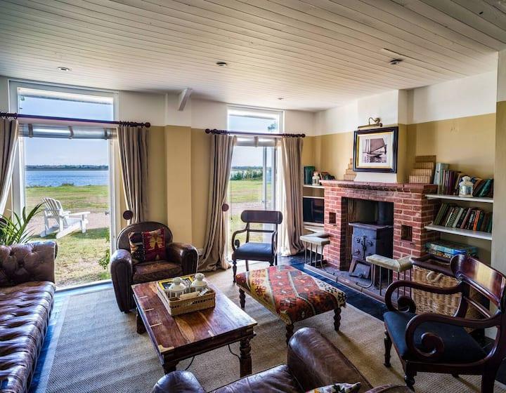Manor Beach 1 / 4-bed home on Osea Island, Essex