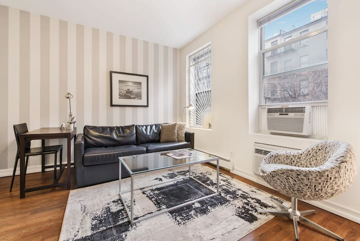Upper East Side Two Bedroom near Hospitals