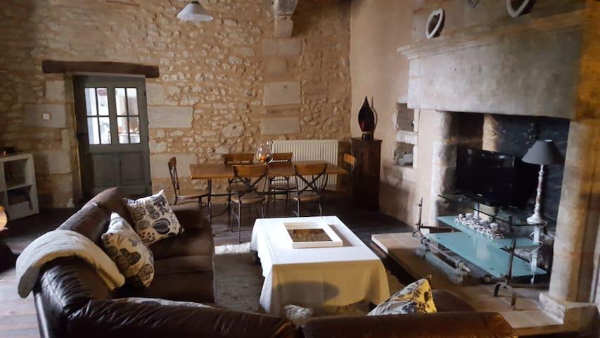 Maison  de 100m2  proche Perigueux - Antonne-et-Trigonant - Dom