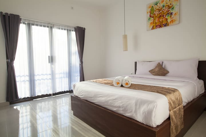 Comfy budget room in the heart of Seminyak
