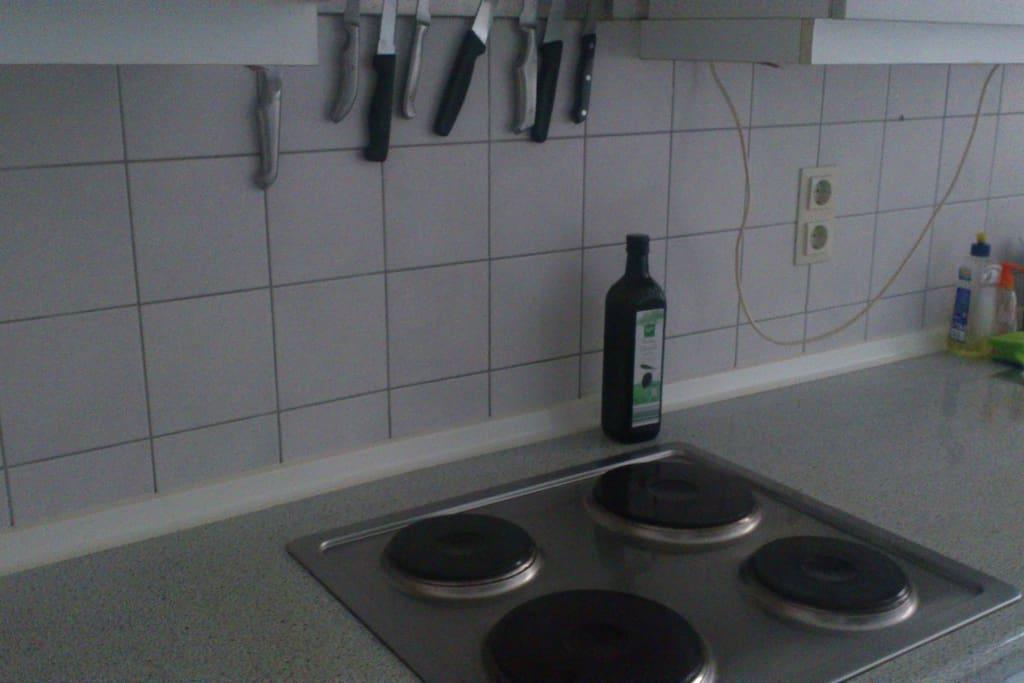 Die Küche mit Herd