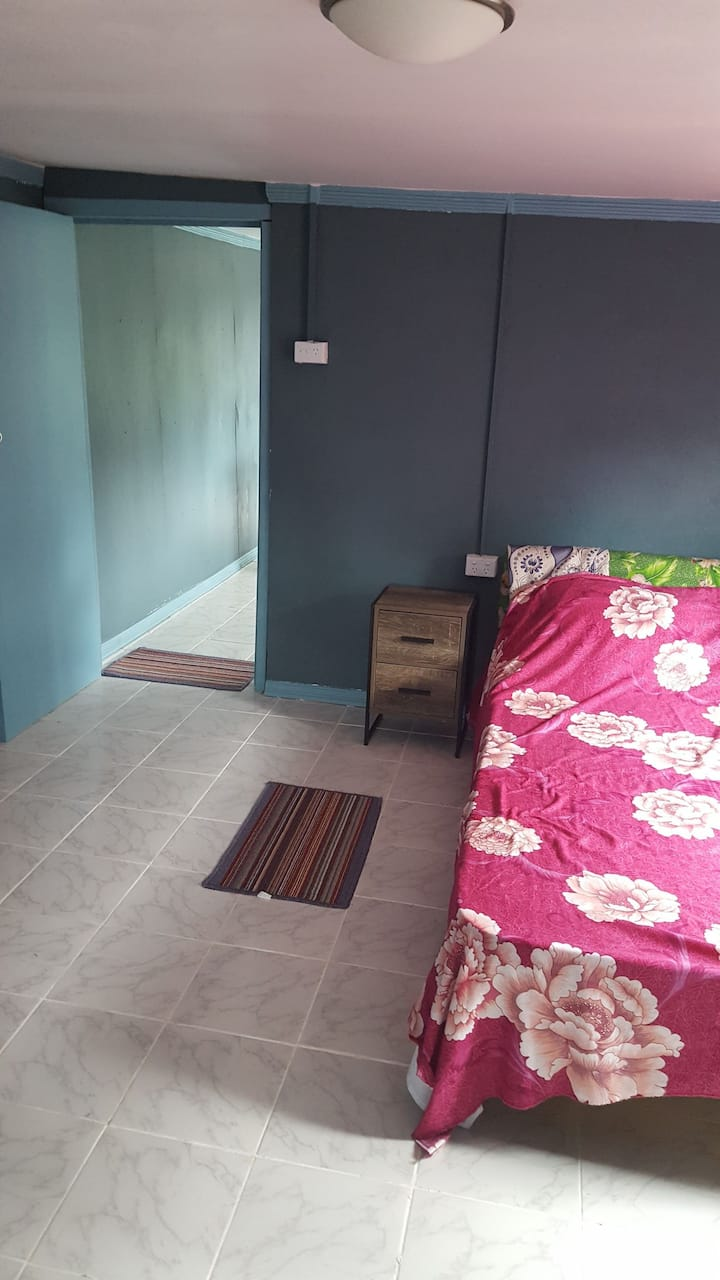 """""""AFFORDABLE HOME STAY in NADI"""""""