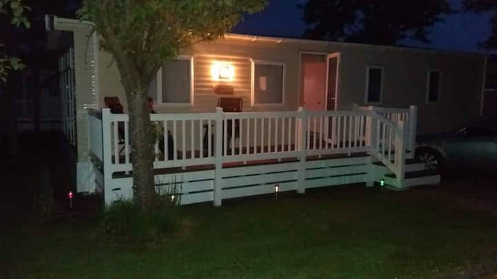 Lovely caravan sleeps 8