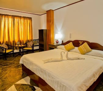 LA CHARICA INN & SUITES ,A home away from home! - Puerto Princesa - Boutique ξενοδοχείο