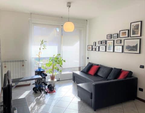 Bekväm två-rumslägenhet,lugnt villaområde