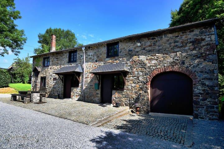 Attractive farmhouse near Trois Ponts