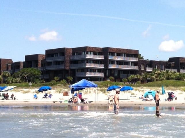 Beach Front Ocean View 3 Bdrm Condominium