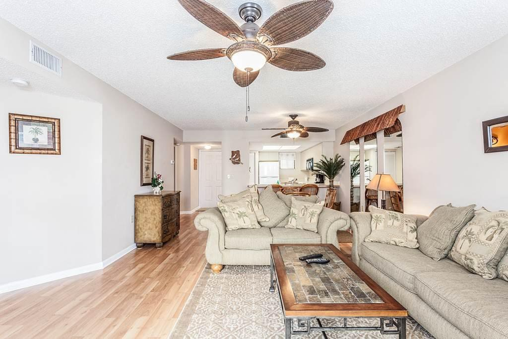 The condo is newly remodeled, with hardwood floors and HDTV. - You'll feel right at home from the moment you arrive at Ocean Vill