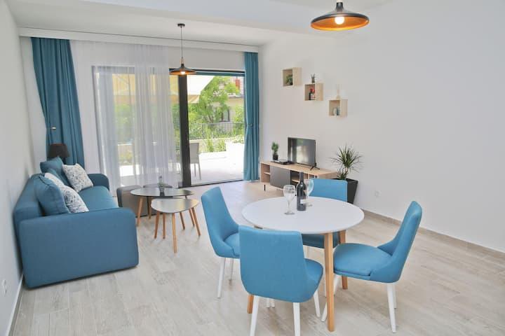 Kotor Dobrota -Boka Blue - Apartment with Terrace1