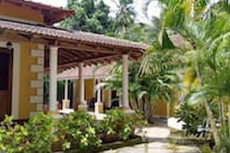 Calangute duplex villa - กัวเหนือ - วิลล่า