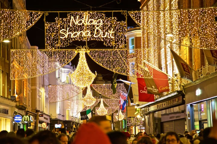 Double Room In The Very Heart Of Christmas Dublin!