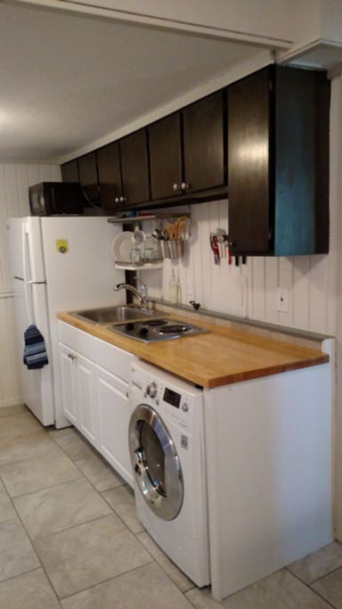 Nicely equipped IKEA Kitchen with Euro washer/dryer