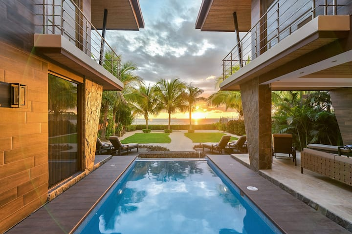 Costa Rica Luxury Home on the Sand