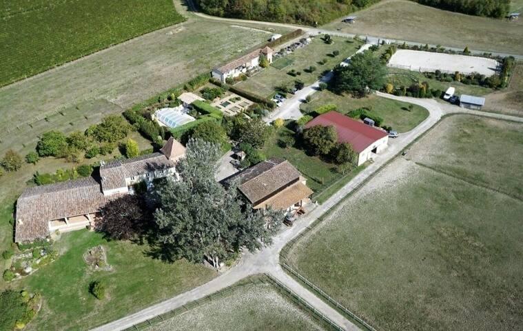 Studio dans une propriété de charme de 30 hectares