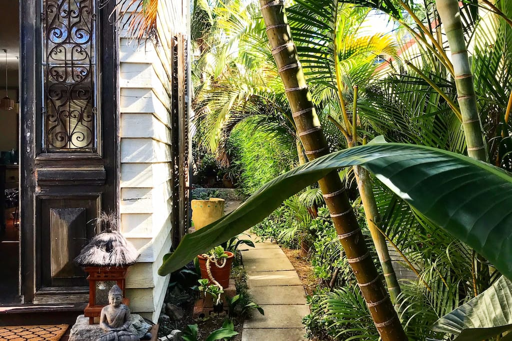 welcome to our Balinese hideaway...