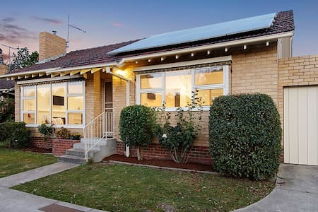 Lithgow Avenue Villa Unit - Blackburn