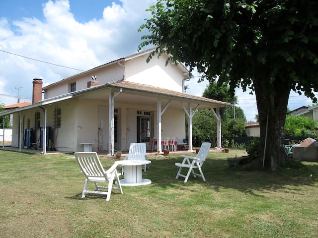 Maison confort et spacieuse pour vacance détente - Salles - Hus